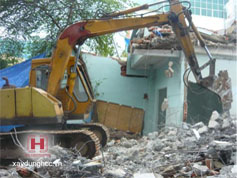 Phá dỡ nhà cũ trọn gói tại Long Biên